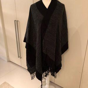 Accessories - Reversible wrap jacket - grey/black